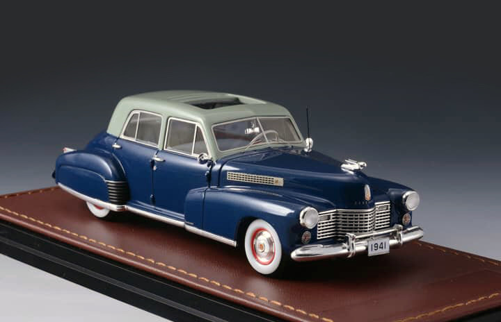 Cadillac Series 60 '41 Special Blue & Light Grey_GLM118902_05