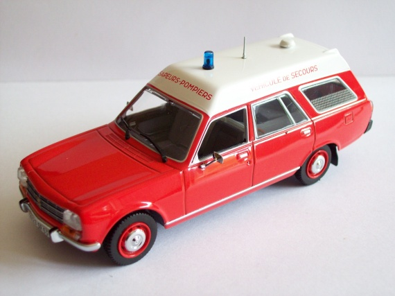 peugeot 504 break ambulance sapeurs pompiers 1979 photo nouveau jeu groff photos club. Black Bedroom Furniture Sets. Home Design Ideas