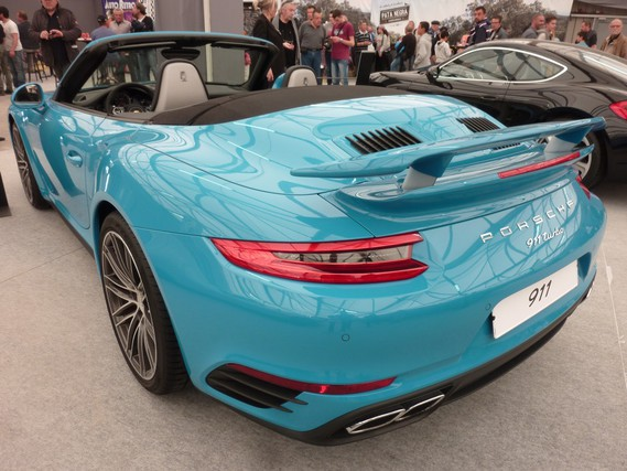 porsche 911 turbo cabriolet type 991 bleu miami 2016 3 avignon motor festival 2016 manu1970. Black Bedroom Furniture Sets. Home Design Ideas
