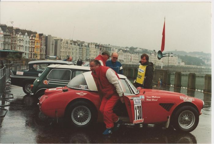 austin-healey-driven-by-timo-makinen-in-manx-historic-rally