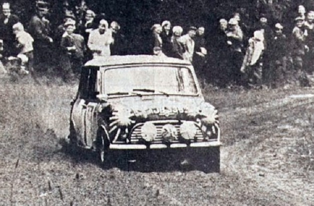 SF Timo_Mäkinen_-_1965_Rally_Finland_(cropped)