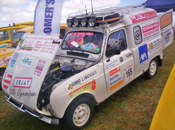 renault 4l international 096