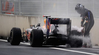 f1-vettel-gp-coree-2010-abandon-10565004iltvk_2084