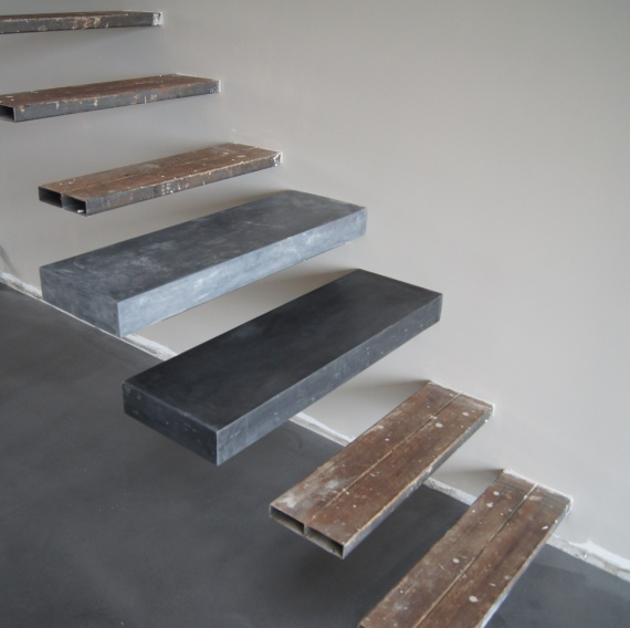 marche en beton esclalier beton concrete steps floating. Black Bedroom Furniture Sets. Home Design Ideas