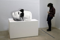 Eye-catching-Sculptures-of-A-Mask-batkarl by olivier decatoire,karl lagerfeld sans lunettes de solei
