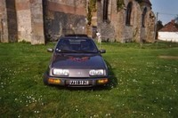 Ford Sierra 2l double corp syncronisé Ghia