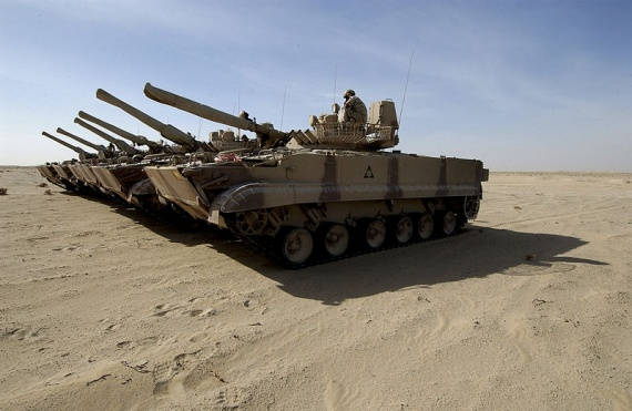 800px-BMP-3_tanks_of_the_UAE