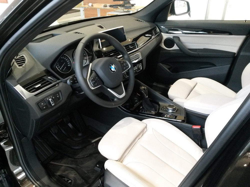 Bmw x1 f48 topic officiel page 25 x1 bmw forum for Interieur x1