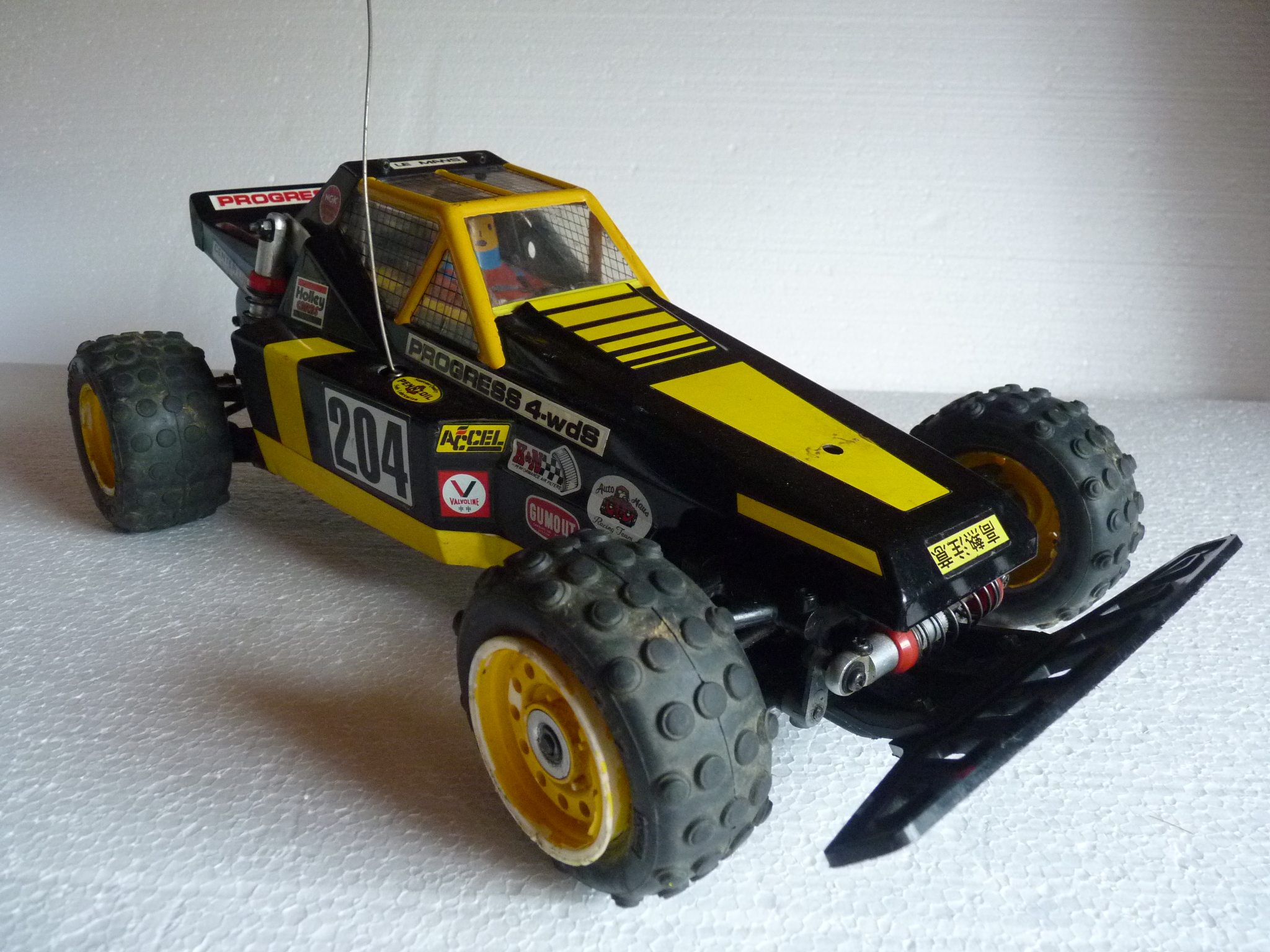 Kyosho Progress 4WDS 3