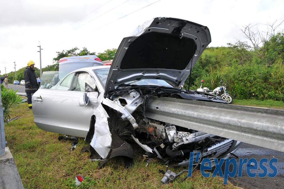 Photos De Crash Et Accident De La Route Topic Officiel