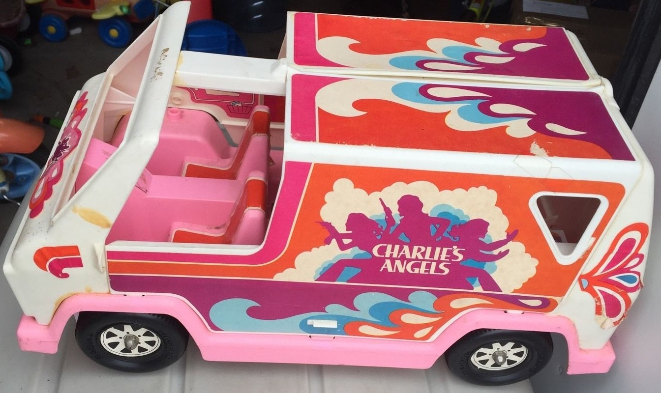 CHARLIES ANGELS ADVENTURE VAN 1978 hasbro
