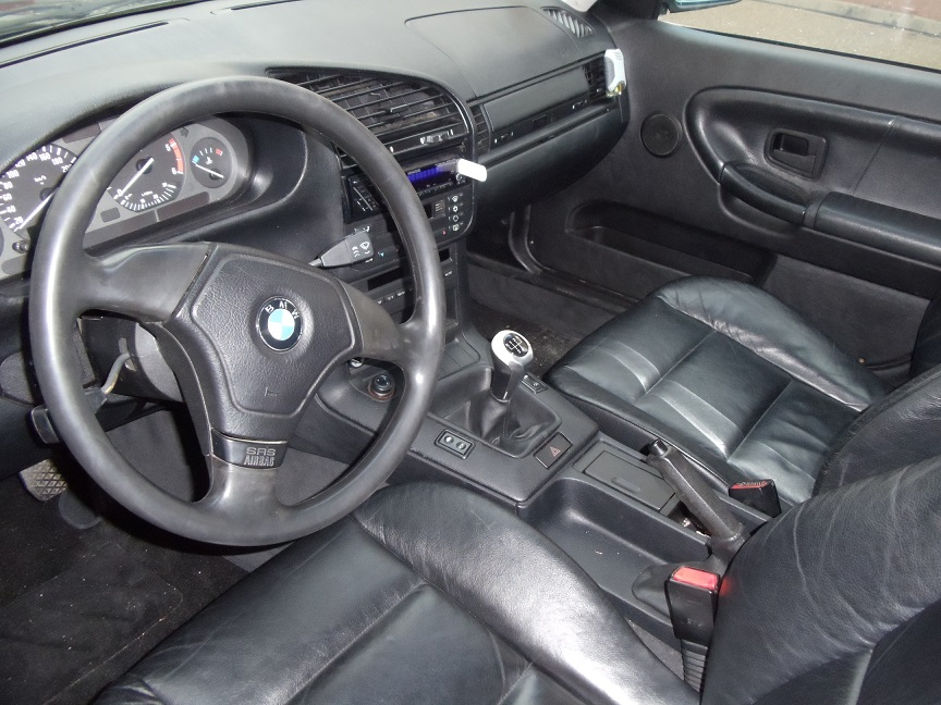 Int rieur cuir bmw changement du poste par un keenwood en for Interieur cuir audi a4