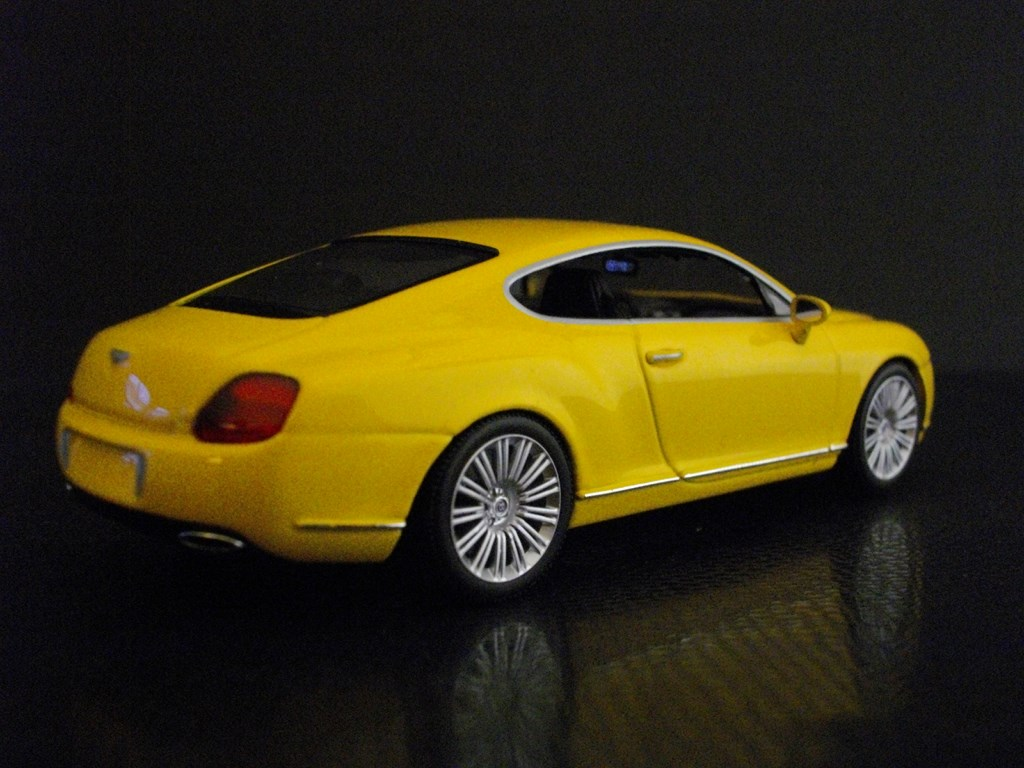 Bentley Continental GT (Minichamps)