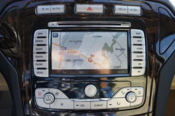carte gps ford mondeo