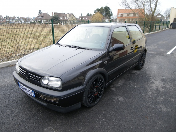 Golf 3 vr6 jantes oz racing black golf vr6black for Interieur golf 3 vr6