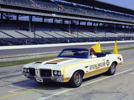Oldsmobile Cutlass Supreme Convertible Indy 500 Pace Car Hurst 1972