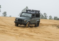 Land Rover Defender 90 Custom NAS ECD 2019