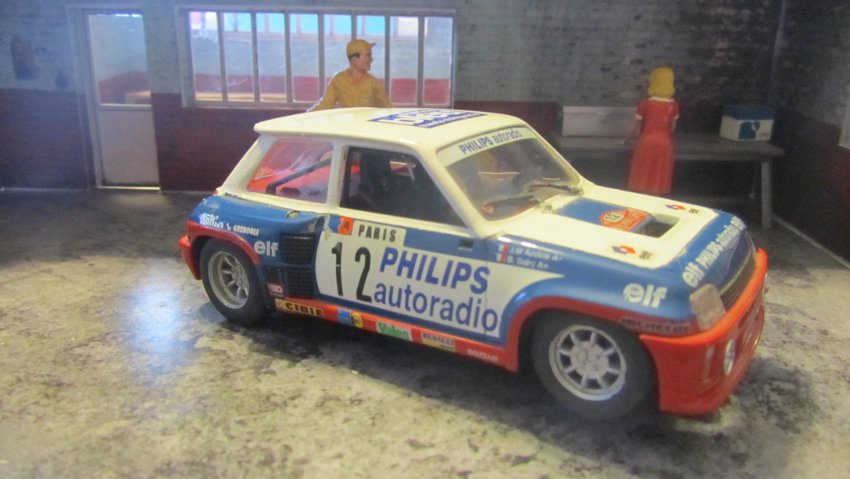 RENAULT 5 .....................FLY