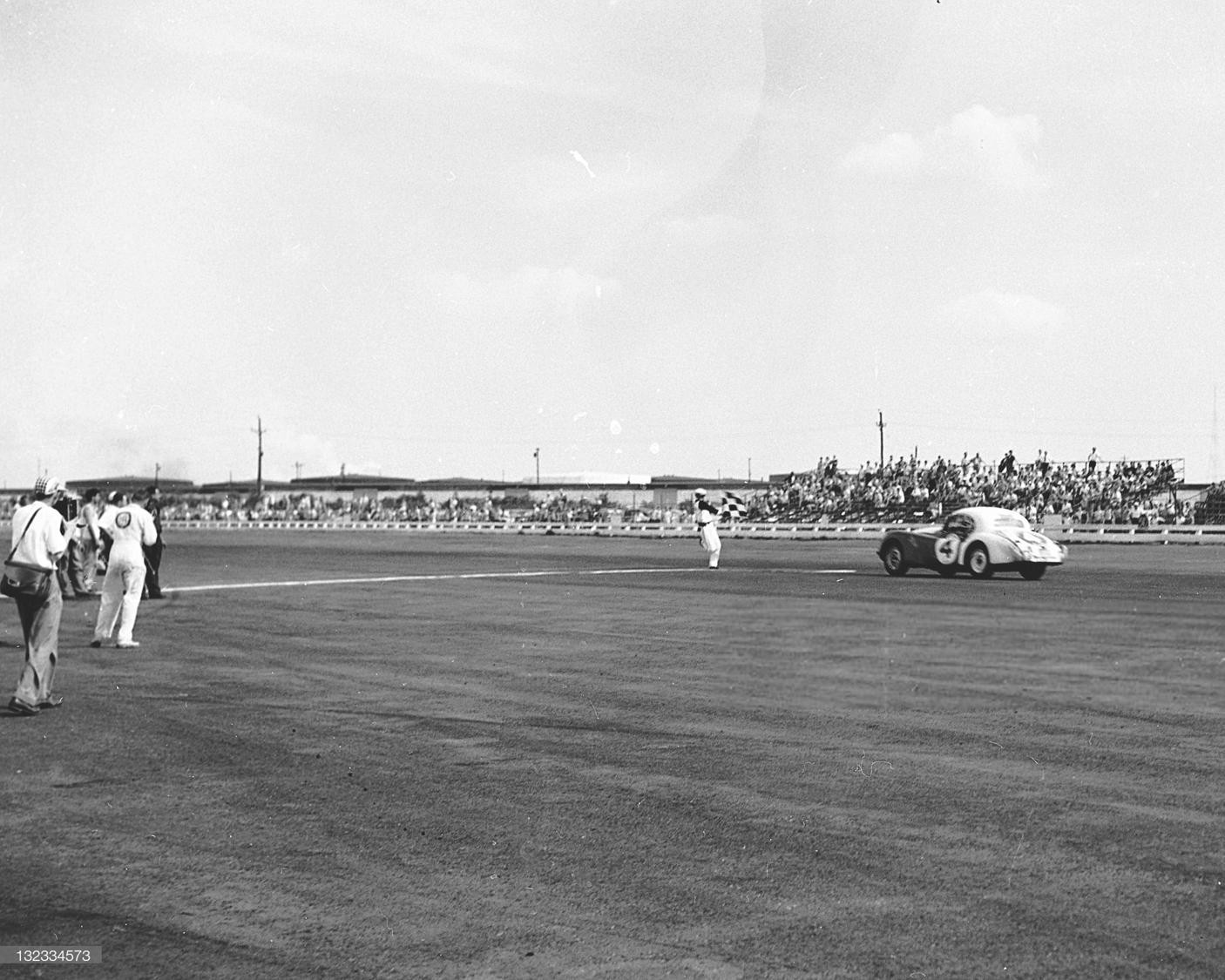 1954#4_June 13, 1954, Al Keller won @ Linden Airport