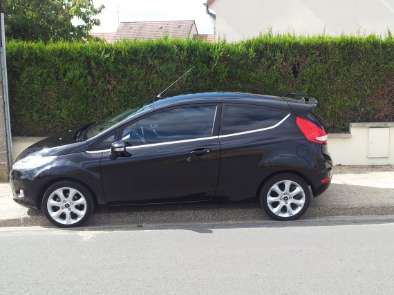 ford fiesta titanium 2011 fiesta ford forum marques. Black Bedroom Furniture Sets. Home Design Ideas
