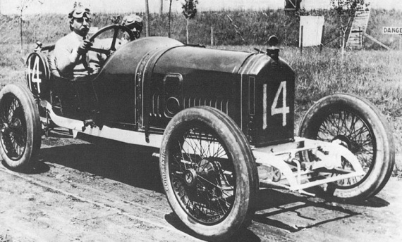 1914%20indy%20500%20-%20arthur%20duray%20(peugeot%204-cyl%203-litre)%202nd