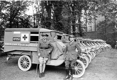 17._Ambulance_WW1_-_P._Andrews_and_S._Galatti__Paris__1917[1]