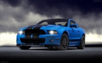 Ford-Shelby-GT500-2013-widescreen-03