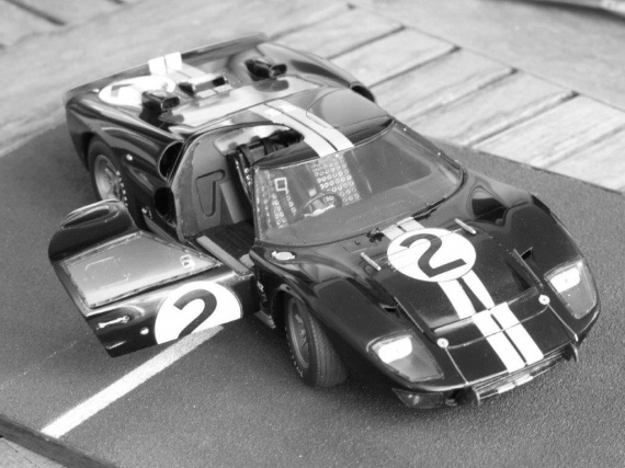 ford-gt40-p1110018-big