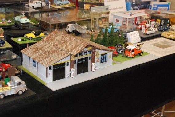 Epave En Miniature Diorama 233 Paves Casse Mini Garage