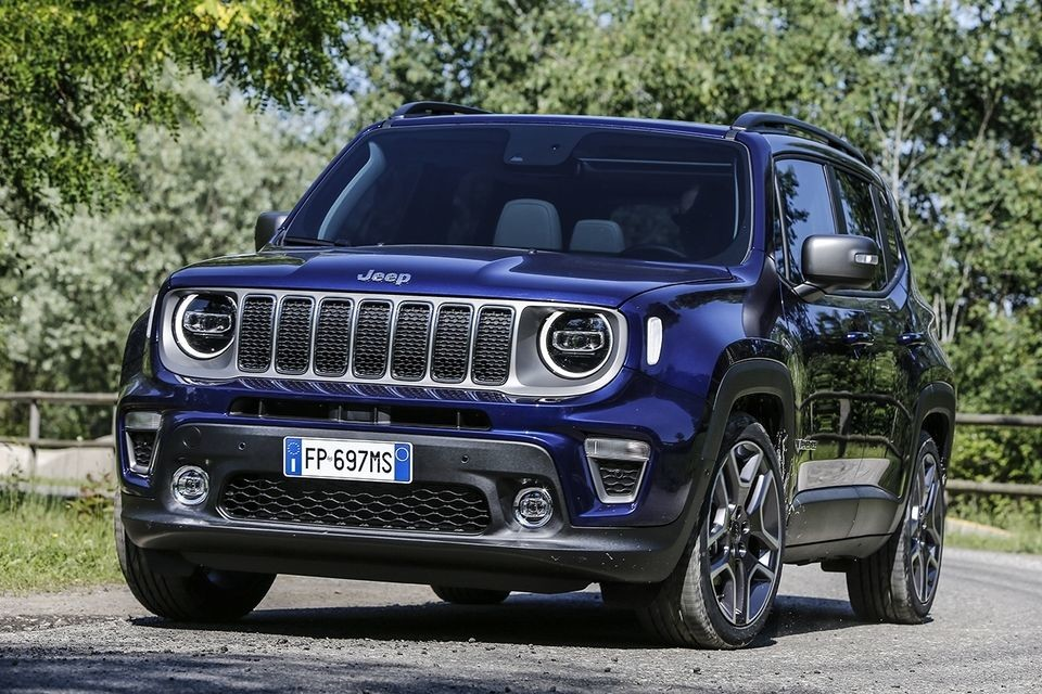 S8-jeep-devoile-le-renegade-restyle-554124