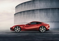 ferrari-f12berlinetta-unveiled-photos-and-video_3