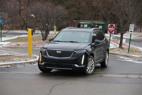 2020-Cadillac-XT6-on-road-March-2019-002-2