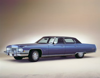 cadillac_fleetwood_sixty_special_brougham_107