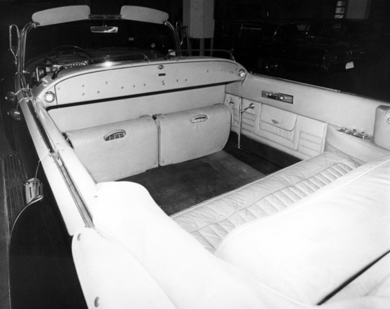 cadillac_convertible_limousine_by_hess_eisenhardt_8