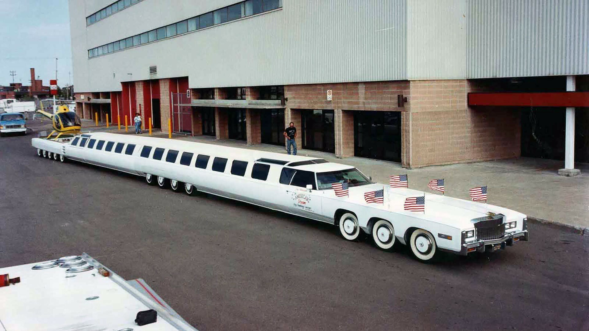 worlds-longest-car-the-american-dream-limo-is-80s-extravaganza-at-its-best_1