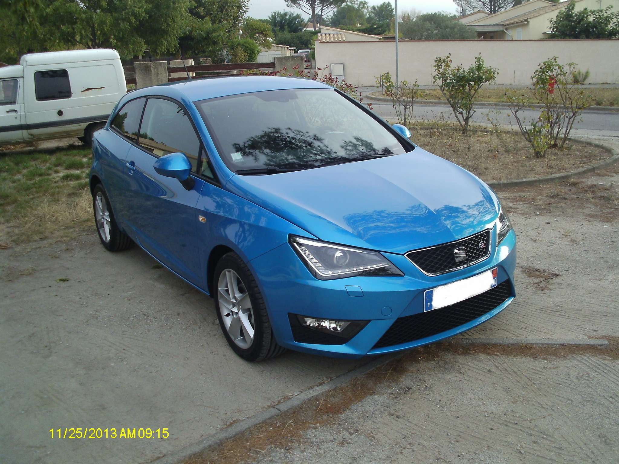 seat ibiza sc 105 fr bleu alor seat forum marques. Black Bedroom Furniture Sets. Home Design Ideas