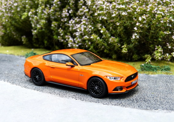 Ford Mustang GT 2015 Norev