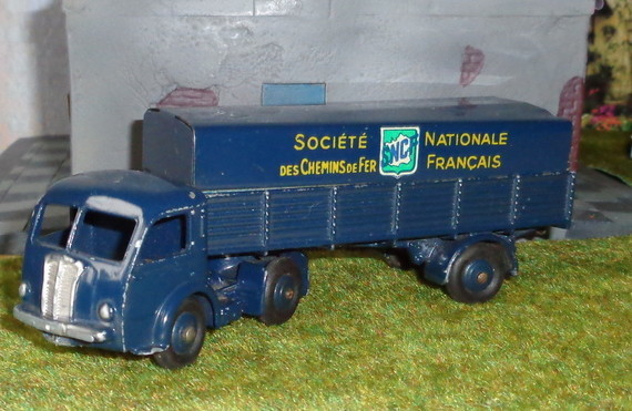 Dinky Toys. Made in France.