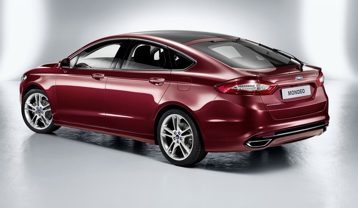 2013-Ford-Mondeo-3[1]