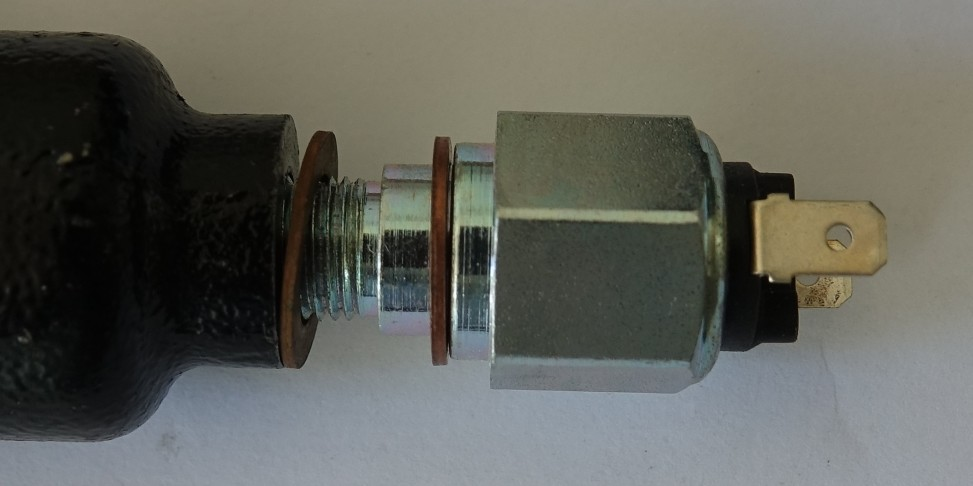 mounted brake light switch with copper seals