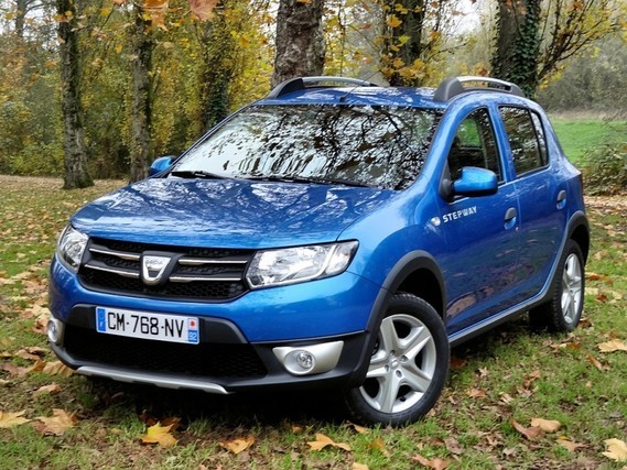 dacia sandero stepway 2015 bleu azurite stepy reno reno50 photos club. Black Bedroom Furniture Sets. Home Design Ideas
