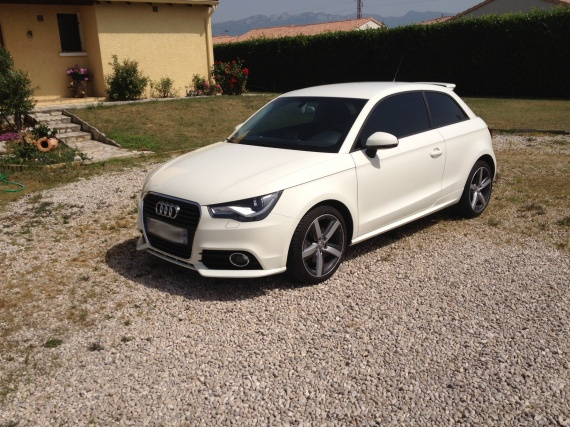 audi a1 tdi blanc amalfi pr sentation page 3 a1 audi forum marques. Black Bedroom Furniture Sets. Home Design Ideas