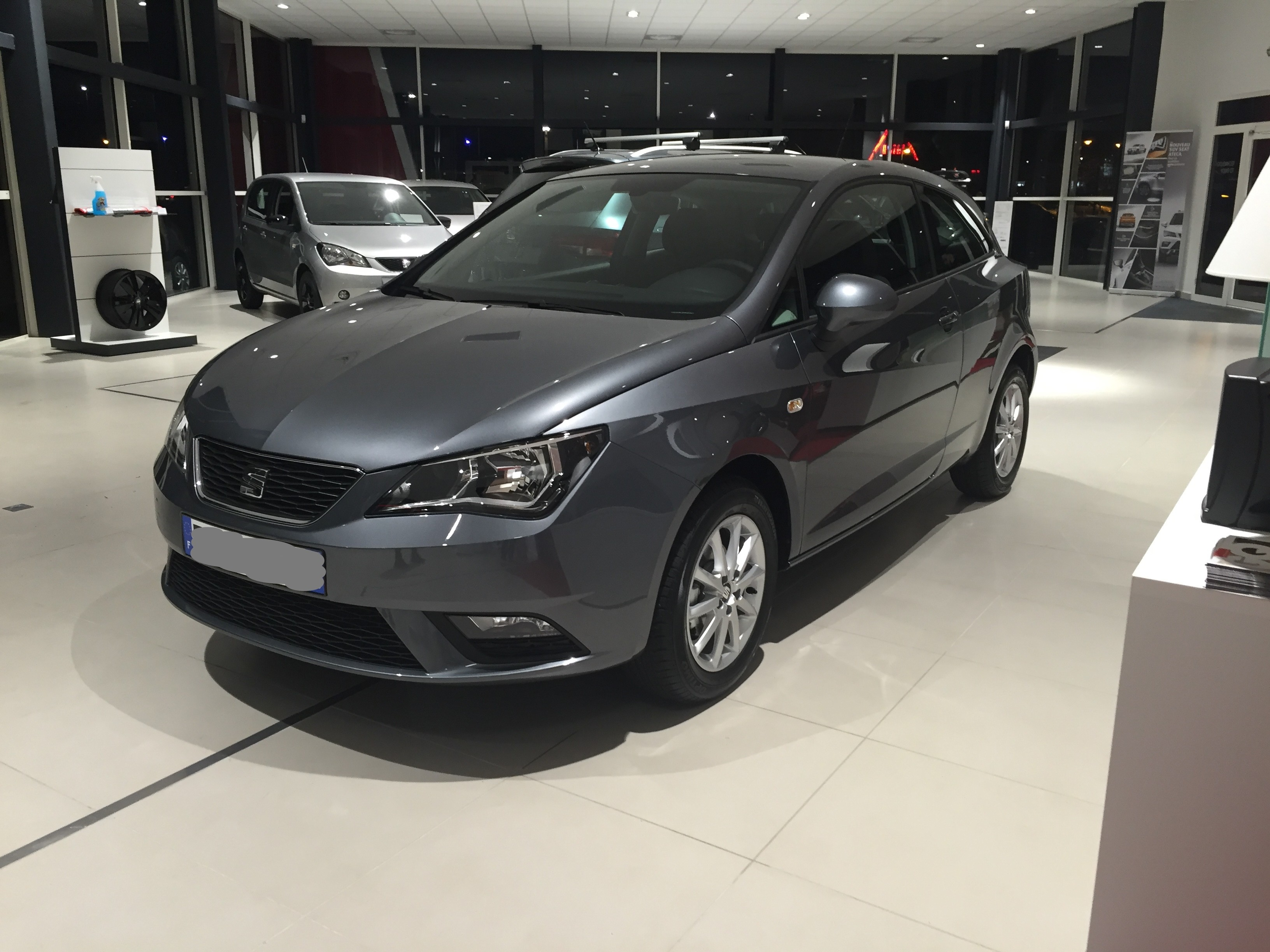 seat ibiza gris excelente seat ibiza gris 2013 125 000 en mercado libre seat ibiza iv st. Black Bedroom Furniture Sets. Home Design Ideas