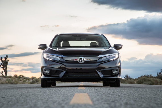 2016-honda-civic-touring-front-end