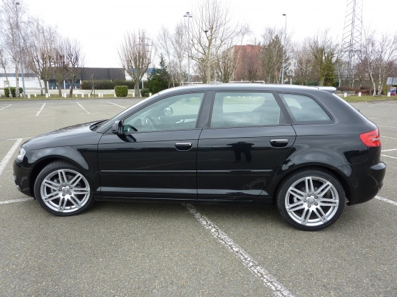 audi a3 sportback sline tdi 140cv noir fantome pr sentation a3 audi forum marques. Black Bedroom Furniture Sets. Home Design Ideas