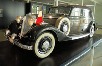 1024px-Horch_830_DeGaulle