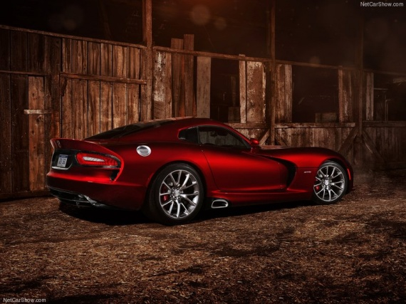 Dodge-SRT_Viper_GTS_2013_800x600_wallpaper_07