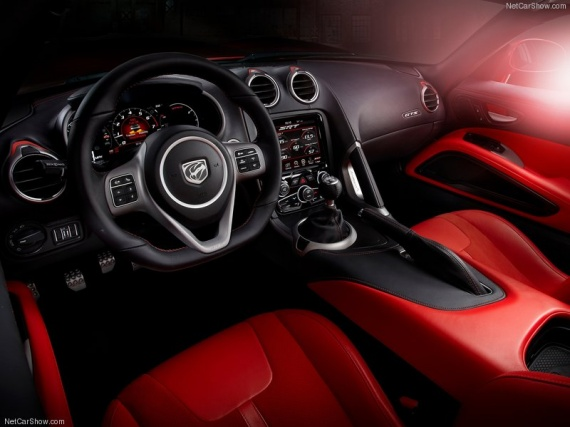 Dodge-SRT_Viper_GTS_2013_800x600_wallpaper_15