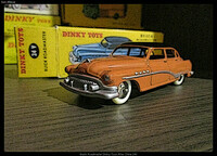 Buick Roadmaster Dinky Toys Atlas Chine 24V