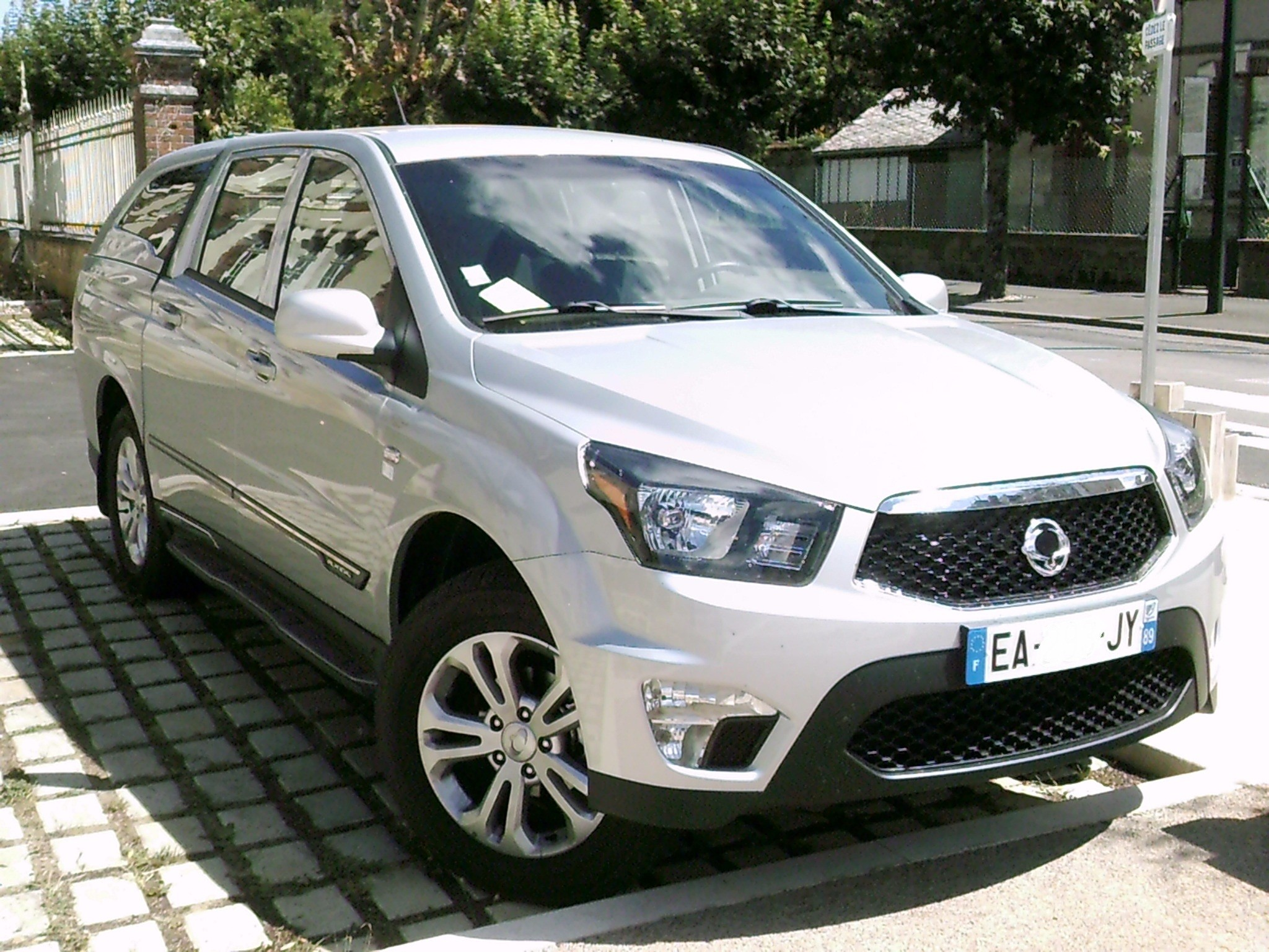 SsangYong Actyon Sports II 2